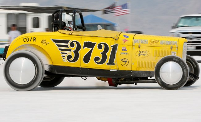 The Flying Dutchman\'s roadster makes a run during the 64th annual Bonneville SpeedWeek race