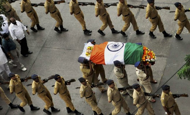 Freedom fighter Prabhakar Kashinath Kunte\'s funeral ...