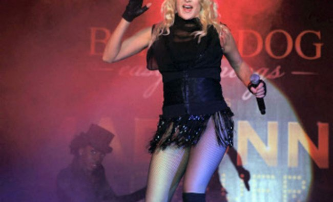 Madonna\'s impersonator Melissa Totten from Washington DC, performs in Gurgaon ...
