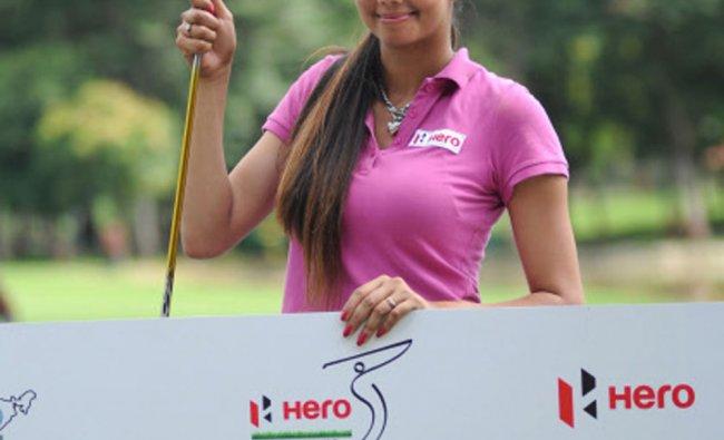 Sharmila Nicollet wins title in the Hero KGA Women\'s Professional Golf Championships 2012 ....