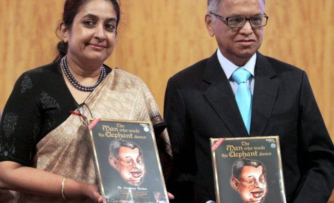 Narayan Murthy and Dr. Varghese Kurien\'s daughter Nirmal during the launch of...