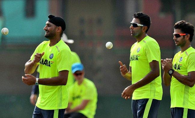 Harbhajan Singh and Ravichandran Ashwin during the practice session