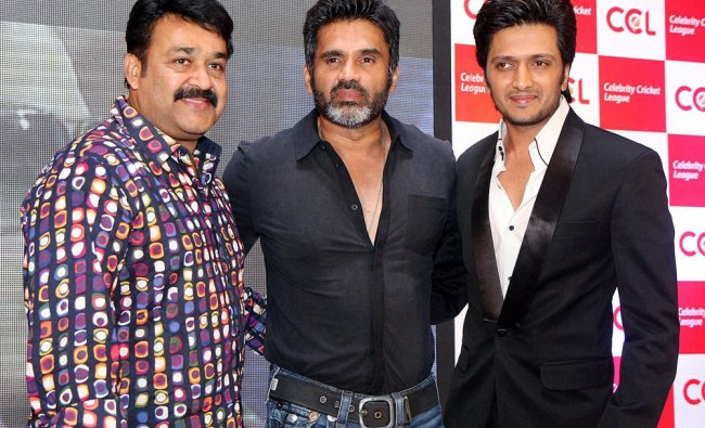 Mohanlal, Suniel Shetty and Riteish during launch of the 3rd season of CCL