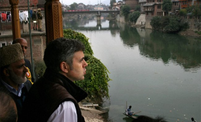Jammu and Kashmir Chief Minister Omar Abdullah taking a look of River Jhelum