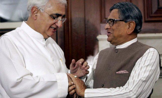 Salman Khurshid takes charge as External Affairs Minister from his predecessor SM Krishna