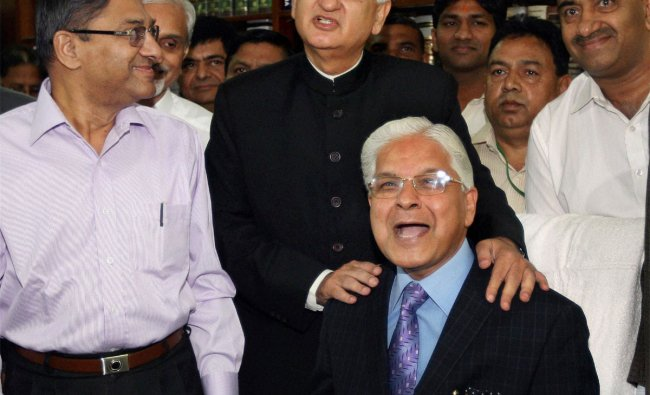 Ashwani Kumar takes charge as Law and Justice Minister from his predecessor Salman Khurshid