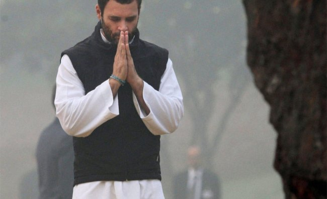 Rahul Gandhi paying tribute to former Prime Minister Indira Gandhi at Shakti Sthal...