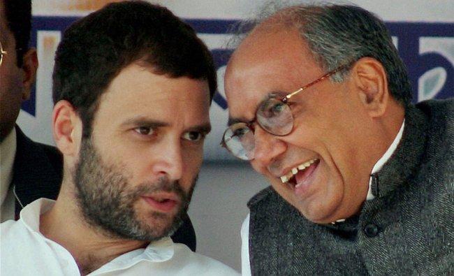 AICC general secretaries, Rahul Gandhi and Divijay Singh during an election rally