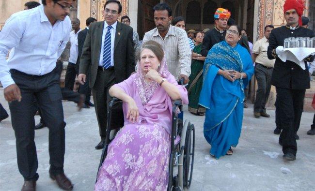 leader Khaleda Zia (C, in wheelchair) visits the historic Amber Fort near Jaipur