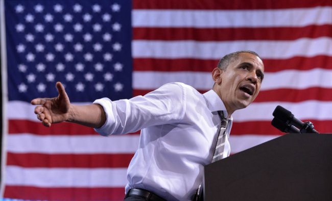 US President Barack Obama speaks during a campaign rally in Boulder, Colorado, on November 1, 2012.