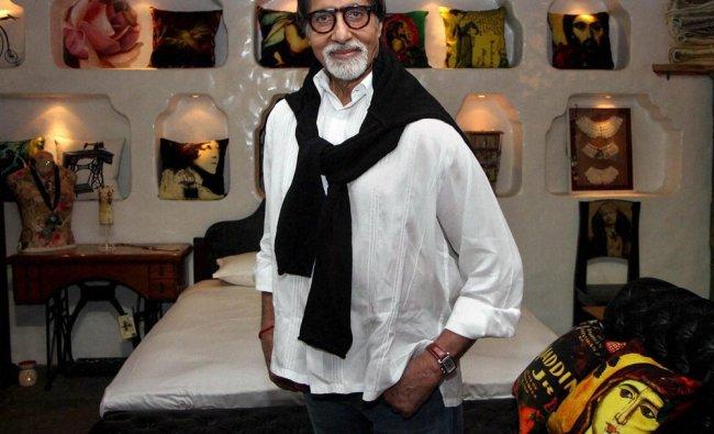 Bollywood actor Amitabh Bachchan visits an art showroom in Mumbai on Saturday evening. PTI