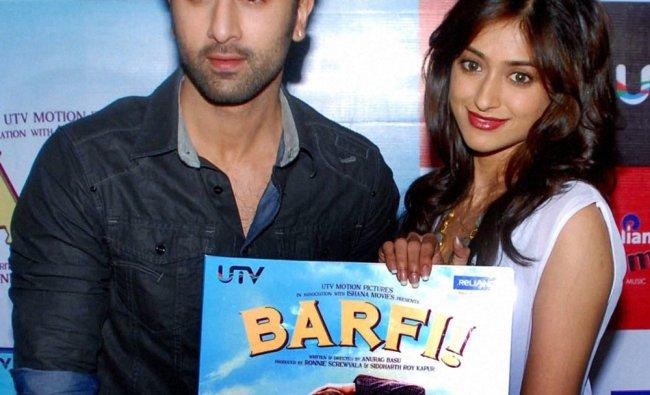 Ranbir Kapoor and Ileana D\'cruz lauch the DVD of \'Barfi\' in Mumbai...