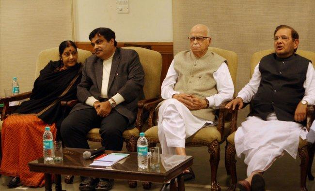 BJP leaders LK Advani, Sushma Swaraj, Nitin Gadkari and JD-U President Sharad Yadav at an NDA...