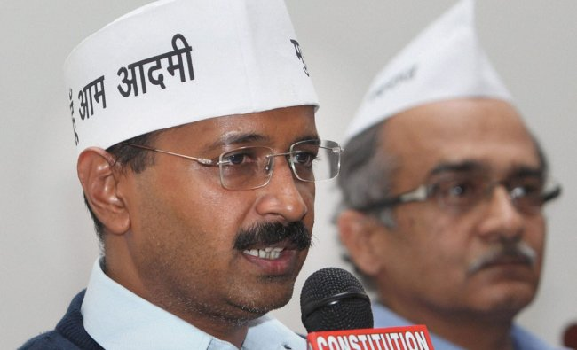 Arvind Kejriwal and Prashant Bhushan of the newly founded \'Aam Admi Party\' addresses the media...