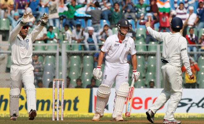 Skipper Mahendra Singh Dhoni and Virat Kohli celebrates the dismissal