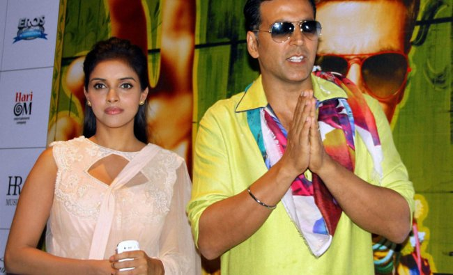 Bollywood actors Akshay Kumar and Aasin at a promotional event of their upcoming film \'Khiladi 786\'