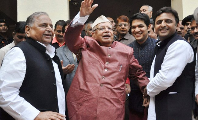 Former Chief Minister of Uttar Pradesh and Uttarakhand N D Tiwari with UP Chief Minister Akhilesh...