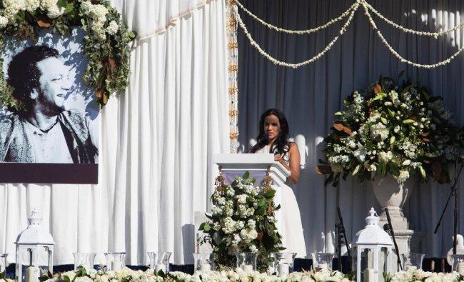 Daughter Anoushka Shankar speaks at memorial services for sitar legend Ravi Shankar in Encinitas..