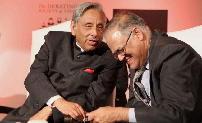Congress MP Mani Shankar Aiyar and Pakistani writer Javed Jabbar at \'India Pak debate\' in New...
