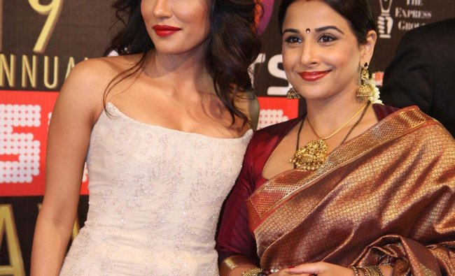 Indian Bollywood actresses Chitrangada Singh (L) and Vidya Balan during the 19th annual Colors...