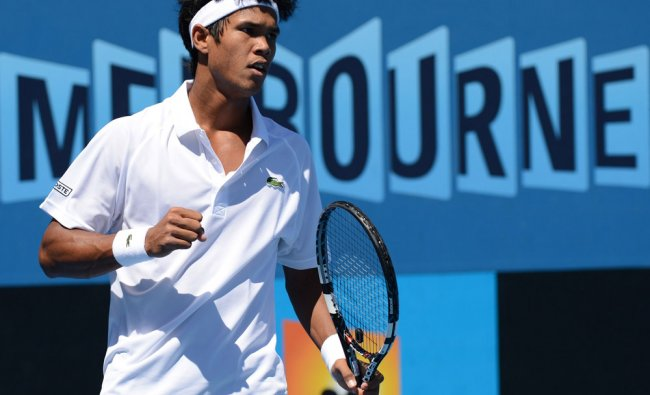 Somdev Devvarman reacts after a point against Poland\'s Jerzy Janowicz during men\'s singles match