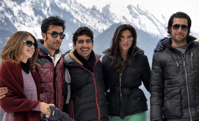 Ranbir Kapoor and Deepika Padukone with tourists during shooting for \'Yeh Jawaani hi Deewani\'...