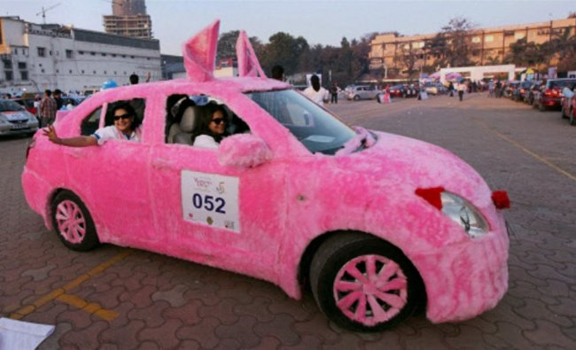 Participants of the 5th edition \'Lavasa Women\'s Drive\'...