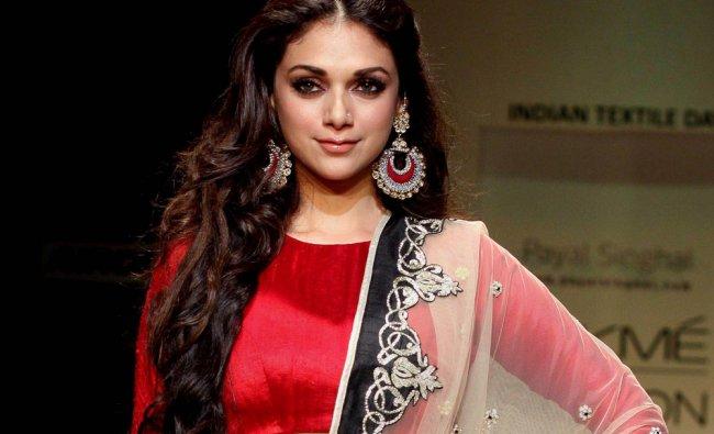Bollywood actress Aditi Rao Hydari during a fashion show on the fourth day of Lakme Fashion Week..