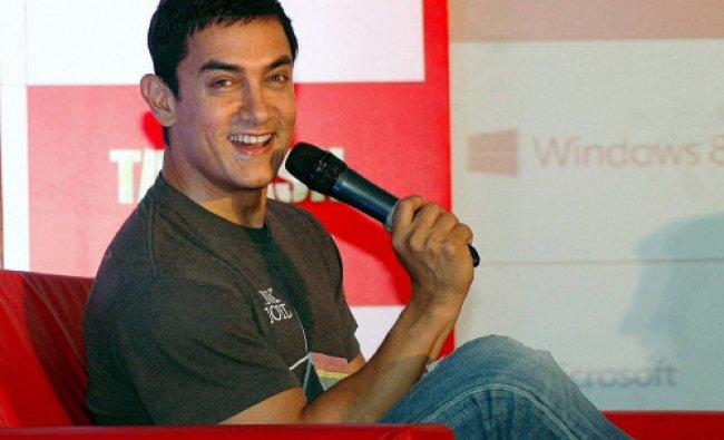 Actor Aamir Khan at \'Microsoft Talaash\' event in Mumbai...