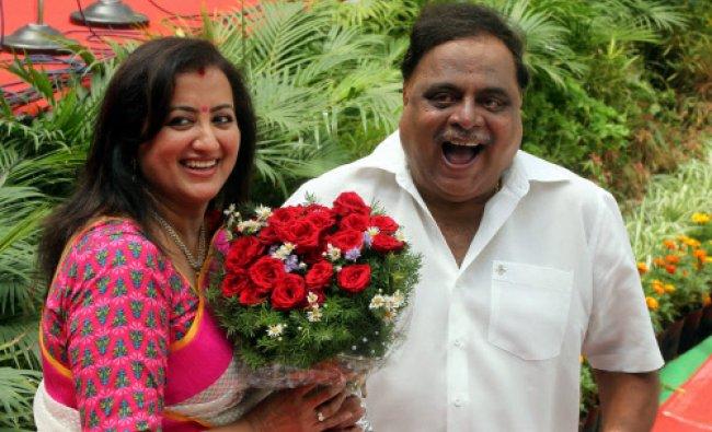 Bengaluru: Kannada actor and newly sworn-in Minister Ambarish with his wife Sumalatha at the...