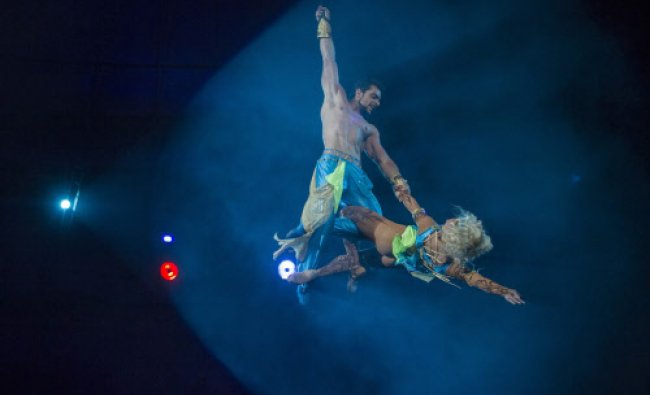 Acrobats perform during \'Caravan of Wonders\', a new programme, at the National Circus.
