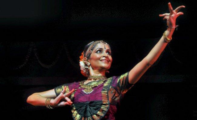 Noted Kuchipudi dancer Shallu Jindal, wife of MP Naveen Jindal, perfoms at Devadasi National...