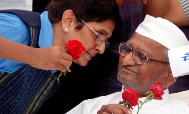 Anna Hazare with Kiran Bedi in Ralegan Sidhi celebrate after the passage of Lokpal Bill ...