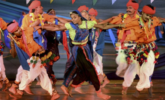 Artists of Gujarat perform traditional dance...