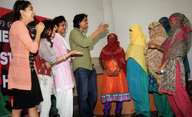 Bollywood actors Shefali Shah, Monali Thakur and Director Nagesh Kukunoor with sex workers...