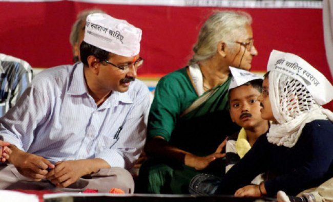 Aam Aadmi Party leader Manish Sisodia along with actress Gul Panag addresses the media ...