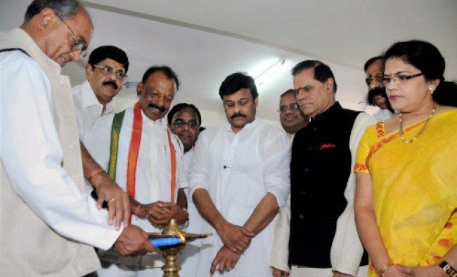 New Andhra and Telangana Congress presidents Raghavera Reddy and Punnala Lakshmaiah...