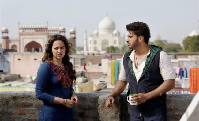 Actors Arjun Kapoor and Sonakshi Sinha during shooting of the film \'Tevar\' in Agra on Thursday...