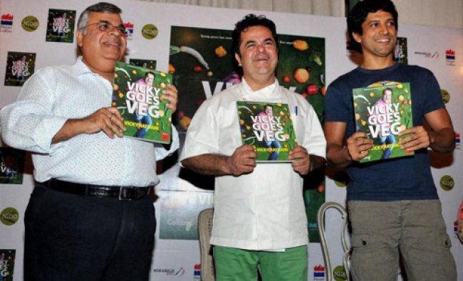 Ashok Hinduja, Executive Chairman, Hinduja TMT and Bollywood actor Farhan Akhtar release the book...