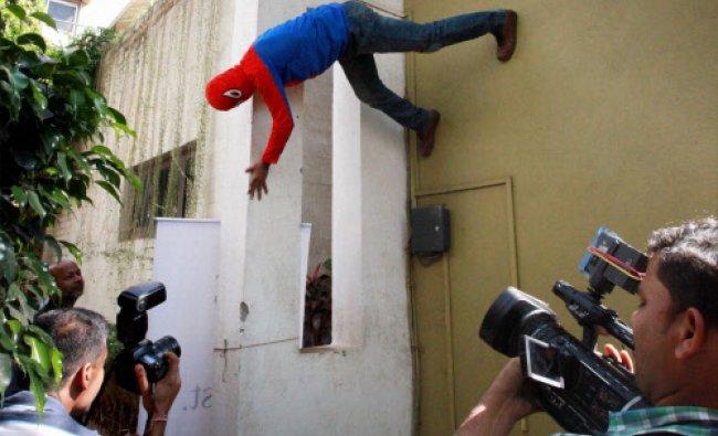 Famous spiderman climber, Gaurav Sharma who will contest Lok Sabha elections...