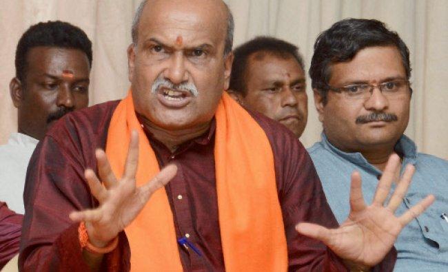 Sri Ram Sena chief Pramod Muthalik addresses press conference in Hubli...