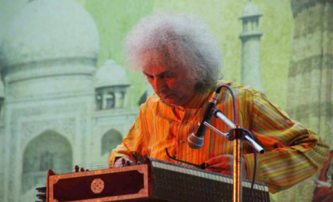 Padma Vibhushan Santoor maestro Shiv Kumar Sharma performs at a concert in Allahabad...