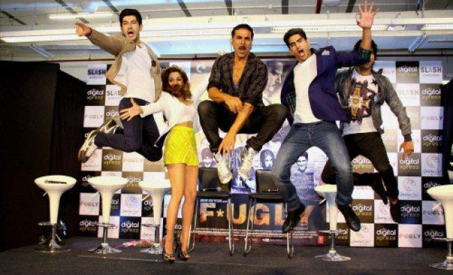 Akshay Kumar,Mohit Marwah, Kiara Advani, Boxer Vijender Singh and director Arfi Lamba unveils...
