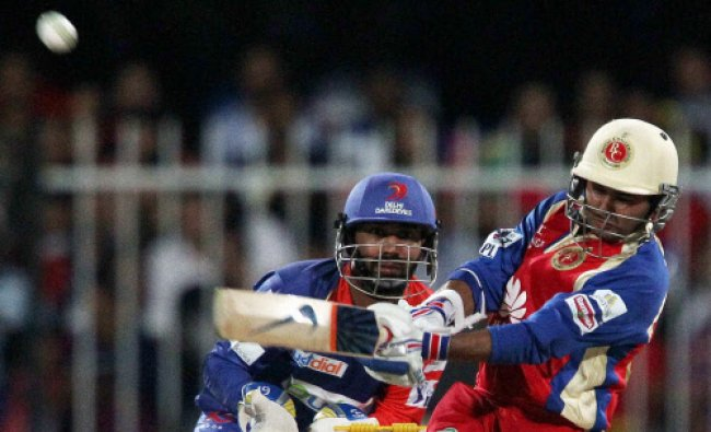Parthiv Patel launches a six during match 2 of the Pepsi Indian Premier League Season 7...