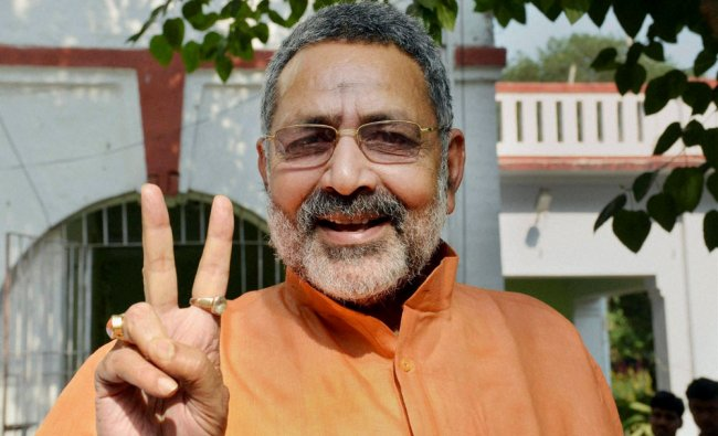 Giriraj Singh flashes victory sign at his residence after granted bail in a case of hate speech ...
