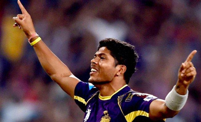 KKR bowler Umesh Yadav jubilates after dismissing KXIP batsman V Shewag ...