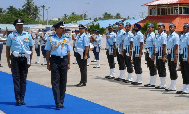 Air Chief Marshal Arup Raha reviewing the Guard of Honour during Commanders Conference,Trivandrum .