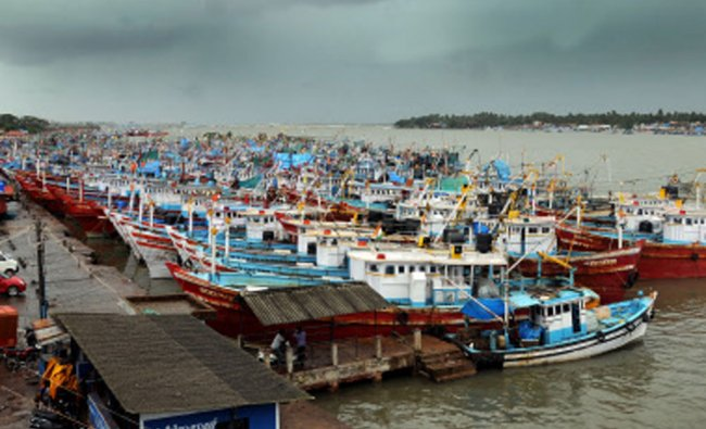 Boats anchored at old port, Mangalore...