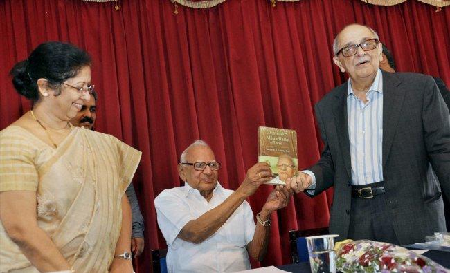 Senior Advocate of Supreme Court, Fali S. Nariman releases a book in Kochi ...