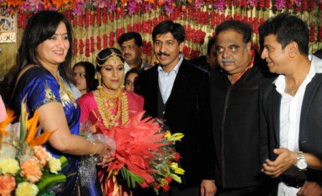 Actor Shivarajkumars daughter Dr Nirupama got engaged to Dr Dileep in Bengaluru ...